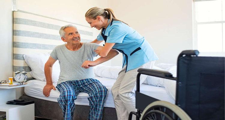 پرستار بیمار ناتوانی حرکتی در منزل